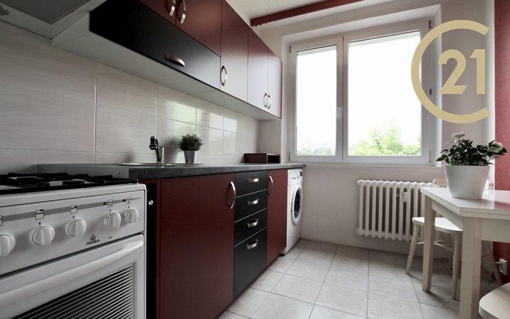Pronájem bytu 3+1, 64 m² - Brno - Starý Lískovec