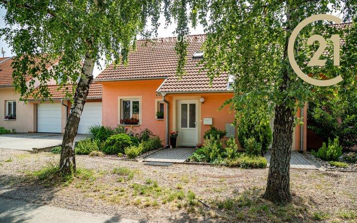 Prodej RD 4 KK se zahradou 110 m2, Suchohrdly u Znojma