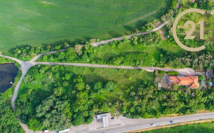 Prodej pozemků Beroun - Závodí o celkové rozloze 23750 m2
