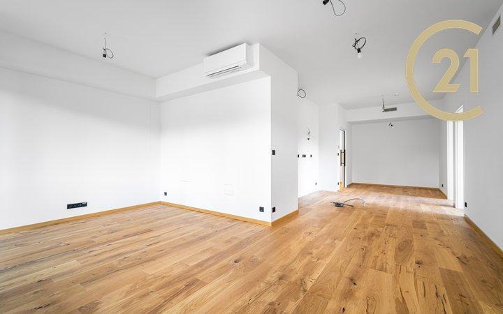 Prodej bytu 4kk 119m v ulici Československého exilu - Modřany v lokalitě U Dubu