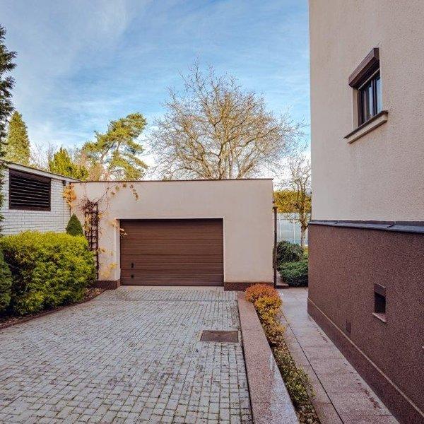 Pronájem, Vila 7+1, 300m² - Dobřichovice