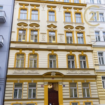 Pronájem kanceláří 118m v ulici Wenzigova Praha 2