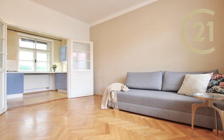 Pronájem bytu 2+1 Brno - Královo Pole, Staňkova