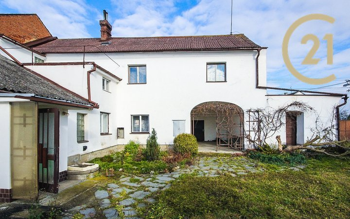 Prodej, Rodinný dům 6+1, 136 m²,  Uničov, Renoty