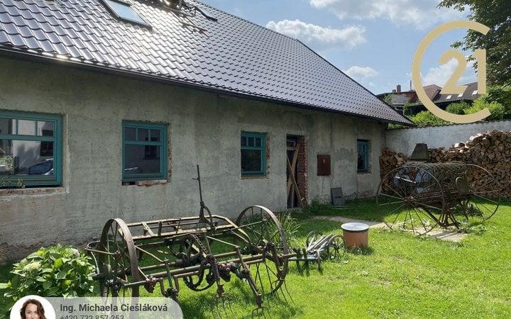 Prodej venkovského stavení, Osečná