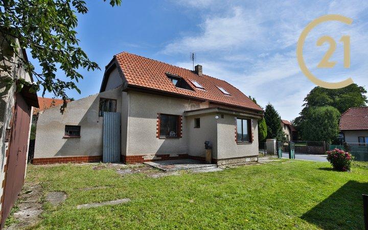 Prodej RD 3+1/B, na pozemku 967 m2, Libeň, okr. Praha - východ