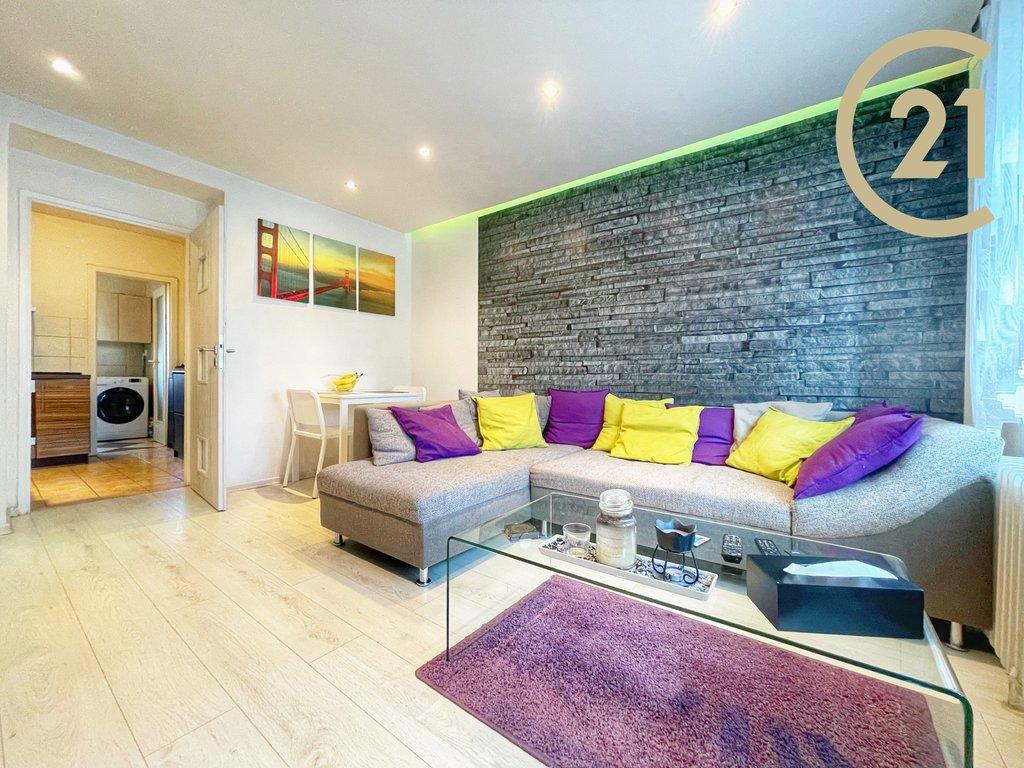 Krásný a slunný byt 3+kk 54m2 v OV, Slaný - Dolíky