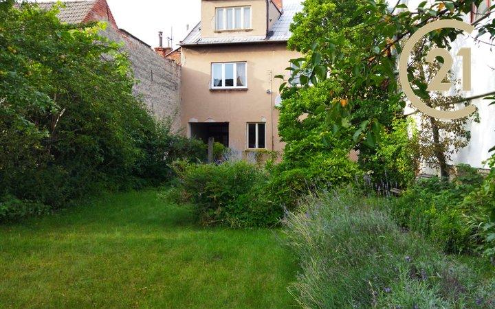 Prodej RD 6+2 Bystřice pod Hostýnem, zahrada 419 m2