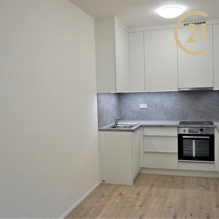 Pronájem bytu 1+kk (35m²) s balkonem, Blansko