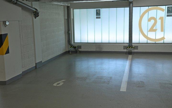 Pronájem garážového stání, 16m² , Prosek, Praha 9