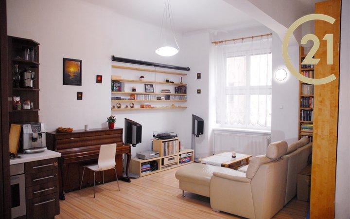 Prodej prostorného bytu 3+kk nedaleko metra Hradčanská