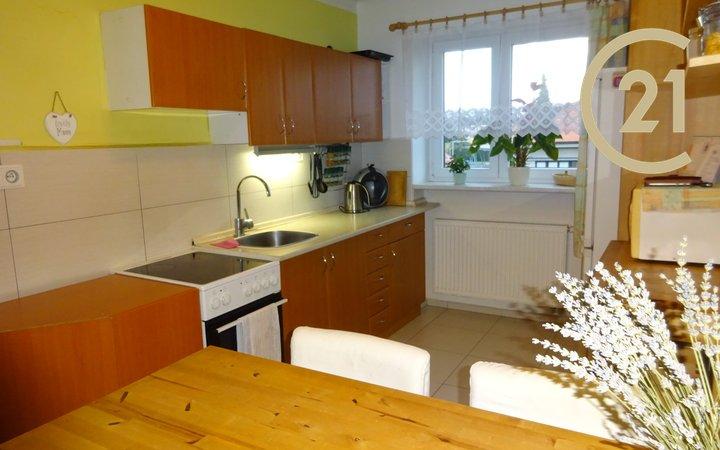 Pronájem bytu 2+1, 66 m² - Holešov