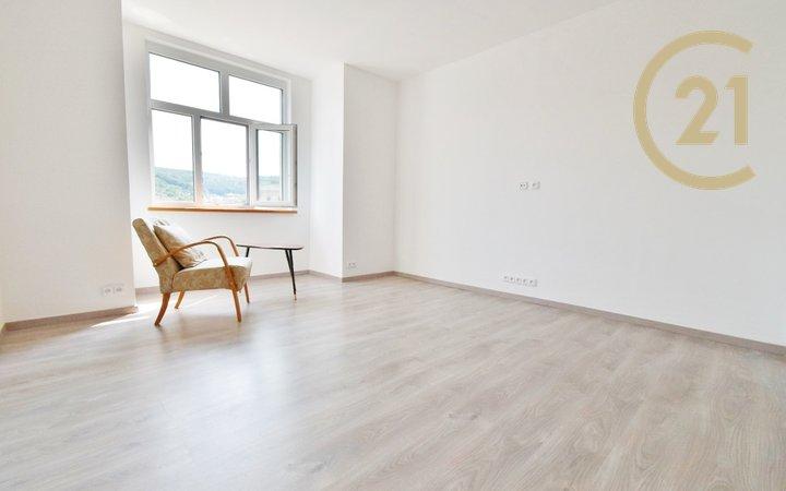 Pronájem bytu po rekonstrukci ve vile Adéla  2+1, 50 m² - Luhačovice