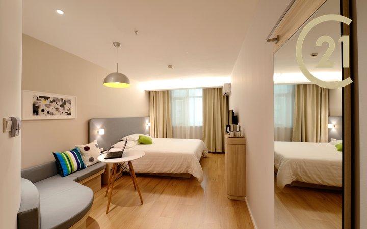 koleje, městský domov pro seniory, apartmánový dům - prodej nadstandardního ubytovacího zařízení ve výborném stavu, 2200m2 užitné plochy, širší centrum Prahy