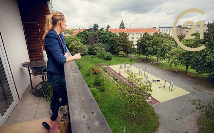Pronájem, byt - nástavba 3+1 (75 m²), Praha -  Vršovice