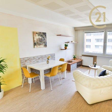 ZLEVNĚNO Prodej velkého a slunného  bytu 4+kk, 85m2, Praha Libuš