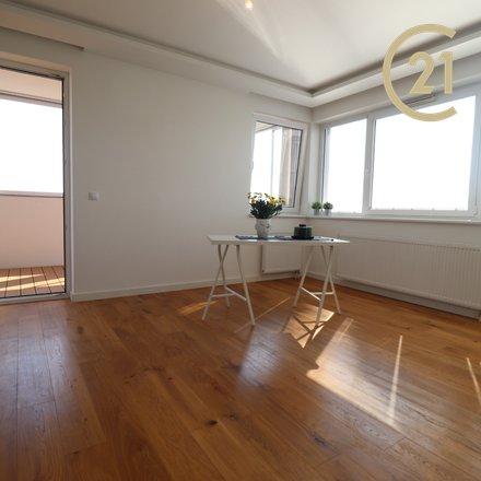 Velmi pěkný byt 2+kk s panoramatickým výhledem na Prahu