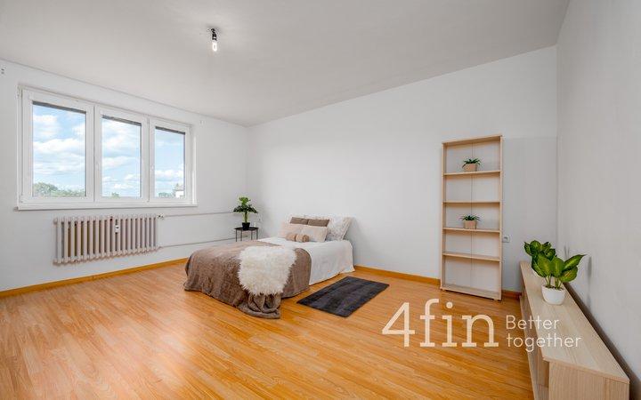 Prodej bytu se zahrádkou, 3+kk cca 70 m2, Slepotice okr. Pardubice