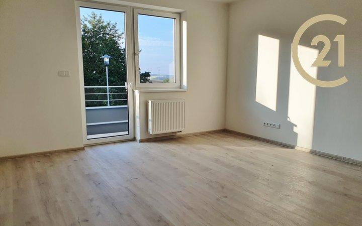 Pronájem, Byt 32+kk, 55 m² - Neslovice