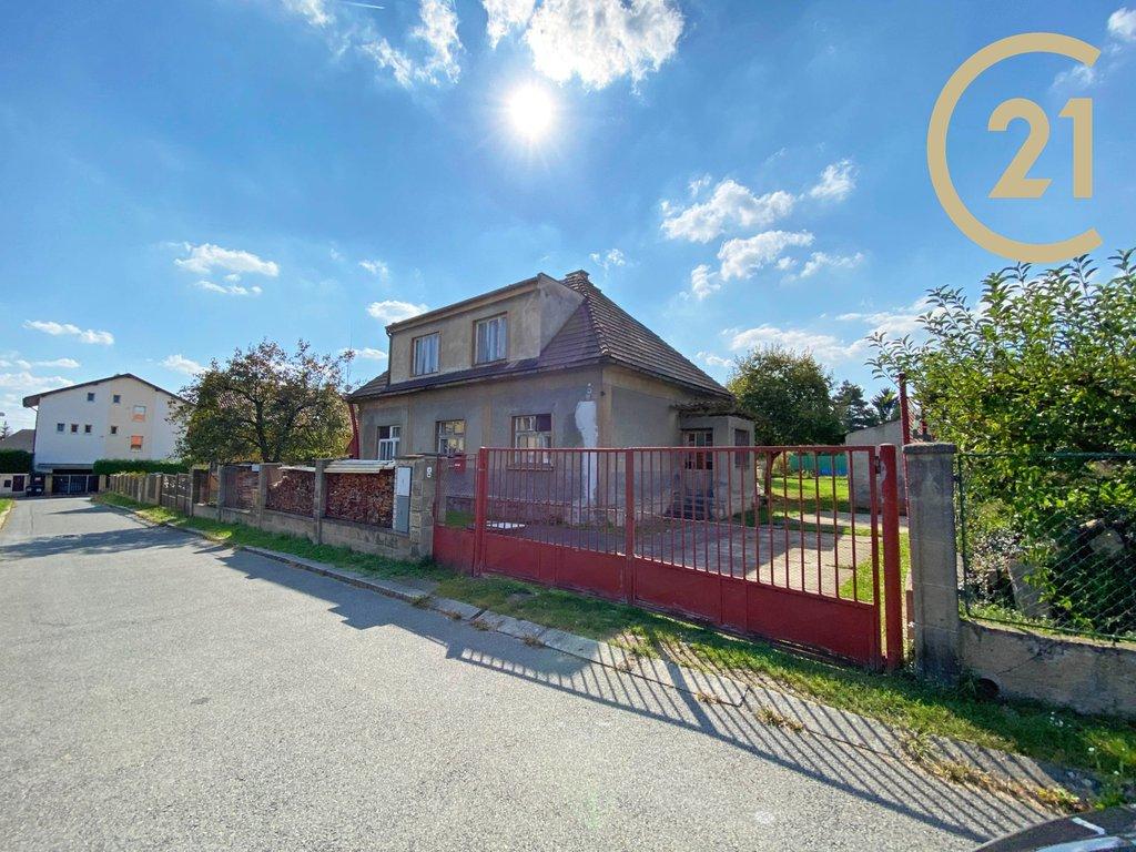 Prodej RD 200 m2 s pozemkem 724m² - Praha - Kyje