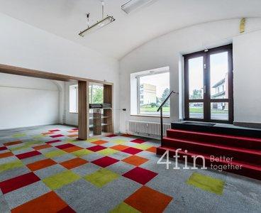 Pronájem, Obchodní prostory, 133,30m² - Teplice - Sobědruhy
