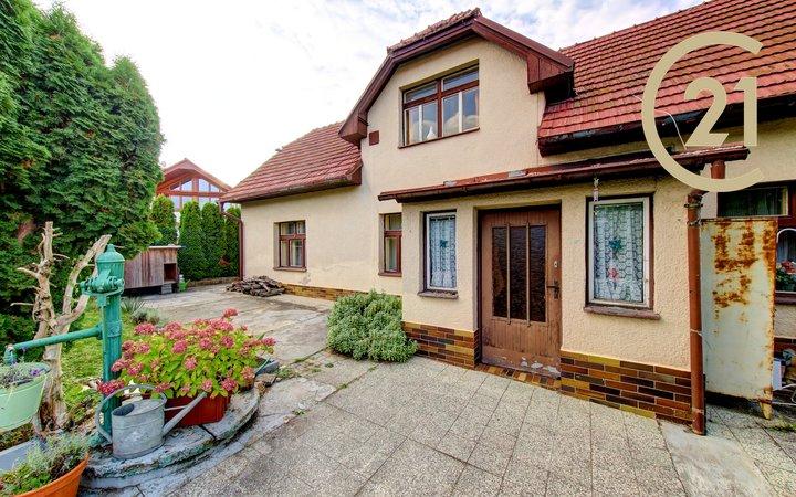 Rodinný dům 3+kk, pozemek 683 m2, Praha 5 -Zbraslav