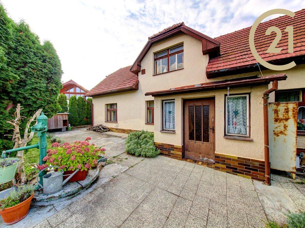 Rodinný dům 3+kk, pozemek 683 m2, Praha 5 -