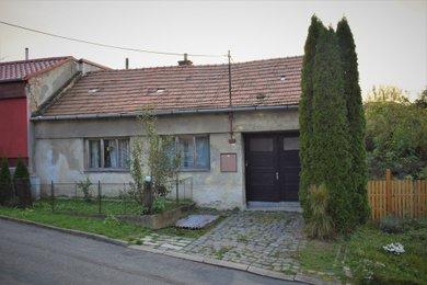 Prodej, Rodinné domy, 240 m² a 476 m2- Rašovice, Ev.č.: 00610