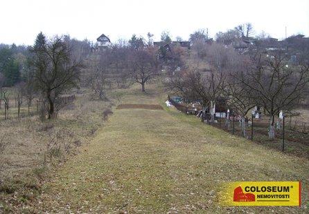 Prodej pozemku v lokalitě Střelice, okres Brno-venkov - obrázek č. 1