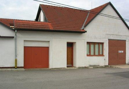 Prodej komerčních prostor v lokalitě Olešnice, okres Blansko - obrázek č. 1