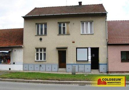 Pronájem komerčních prostor v lokalitě Kuřim, okres Brno-venkov - obrázek č. 1