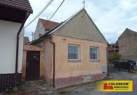 Prodej pozemku v lokalitě Medlov, okres Brno-venkov - obrázek č. 1