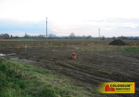 Prodej pozemku v lokalitě Dřevnovice, okres Prostějov - obrázek č. 1