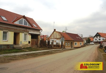 Prodej pozemku v lokalitě Bratčice, okres Brno-venkov - obrázek č. 1