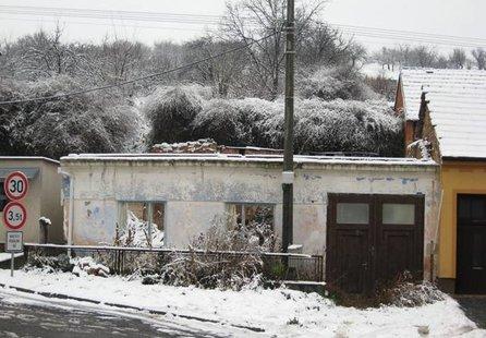 Prodej pozemku v lokalitě Němčičky, okres Břeclav - obrázek č. 1