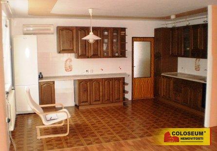 Pronájem bytu v lokalitě Komořany, okres Vyškov - obrázek č. 1