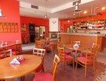 Prušánky, restaurace,  terasa - komerce - Komerční Hodonín