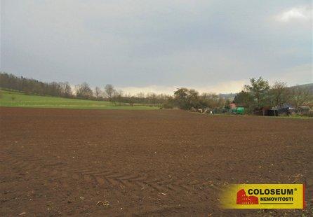 Prodej pozemku v lokalitě Jabloňany, okres Blansko - obrázek č. 1