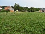Jinošov, pozemek 969 m2, sítě, příjezd - pozemek - Pozemky Třebíč