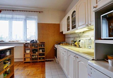 Prodej domu v lokalitě Vrbátky, okres Prostějov - obrázek č. 1