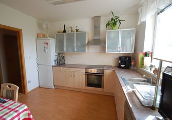 Prodej domu v lokalitě Žerotice, okres Znojmo - obrázek č. 1