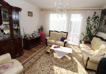 Prodej domu v lokalitě Šatov, okres Znojmo - obrázek č. 1