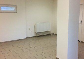 Pronájem komerčních prostor v lokalitě Dubňany, okres Hodonín - obrázek č. 1