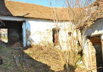 Prodej domu v lokalitě Trstěnice, okres Znojmo - obrázek č. 1