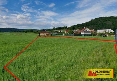 Prodej pozemku v lokalitě Lomnička, okres Brno-venkov - obrázek č. 1