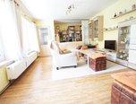 Bošovice, RD 2+1, pozemek 584 m2, garáž v domě, dvůr, zahrada - rodinný dům - Domy Vyškov