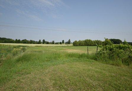 Prodej pozemku v lokalitě Břeclav, okres Břeclav - obrázek č. 1