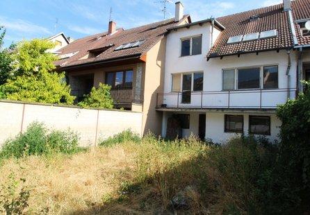 Prodej domu v lokalitě Práče, okres Znojmo - obrázek č. 1