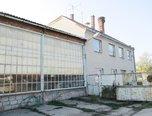 Radslavice, komerční pozemek 7330 m2, administrativní budova, čerpací stanice - komerce - Komerční Přerov