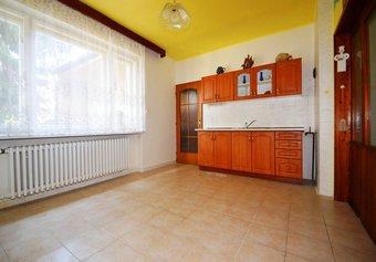 Prodej domu v lokalitě Týnec, okres Břeclav - obrázek č. 1